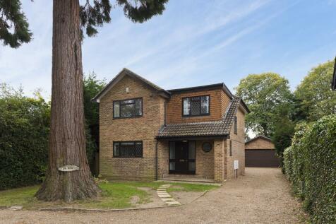 Stoke Road, Cobham, KT11. 4 bedroom detached house