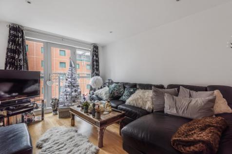 Woking, Surrey, GU21. 1 bedroom flat for sale