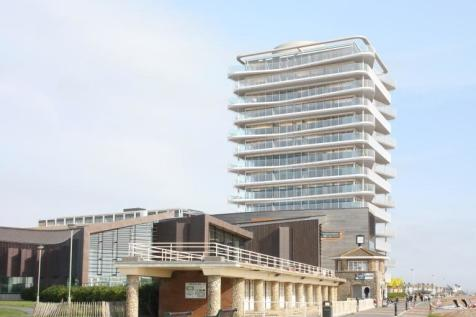 Bayside Apartments, 62 Brighton Road, Worthing, BN11 2EN. 2 bedroom flat