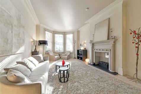 Egerton Gardens, London, SW3. 3 bedroom apartment