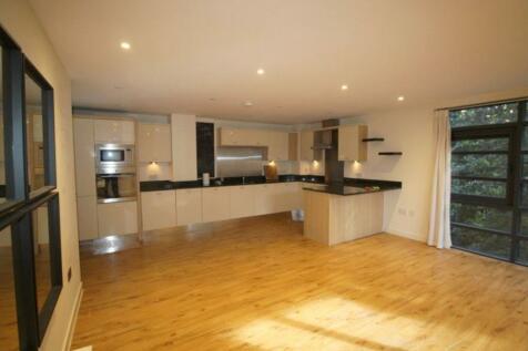 London Road Sevenoaks TN13 1AF. 2 bedroom apartment
