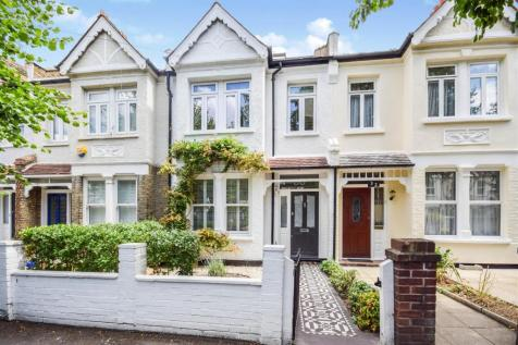 Prince Georges Avenue, Raynes Park. 3 bedroom terraced house