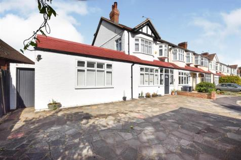 Brook Close, Raynes Park. 5 bedroom end of terrace house for sale