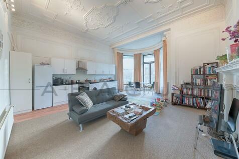 Hamilton Terrace, St Johns Wood, NW8. 1 bedroom flat