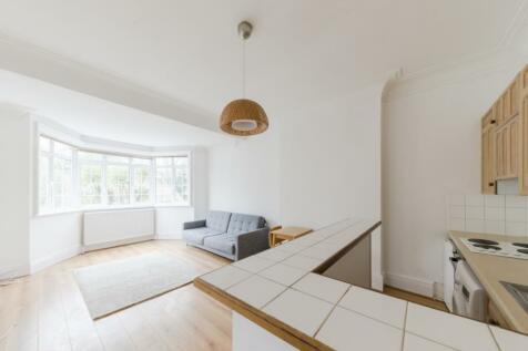 Burgess Hill, London, NW2. 1 bedroom flat