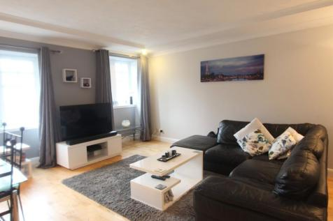 Branning Court, Kirkcaldy, Fife, KY1. 2 bedroom flat for sale