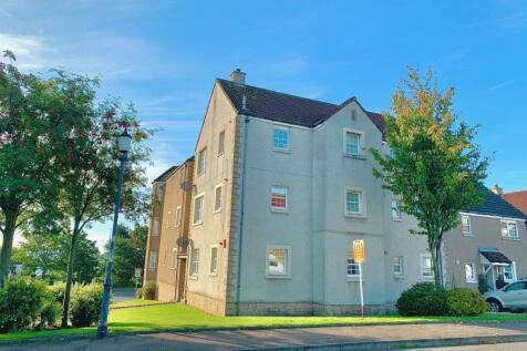 Mid Street, Kirkcaldy, KY1. 3 bedroom flat