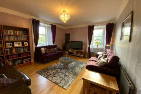 Dysart Road, Kirkcaldy, Fife, KY1. 4 bedroom maisonette for sale
