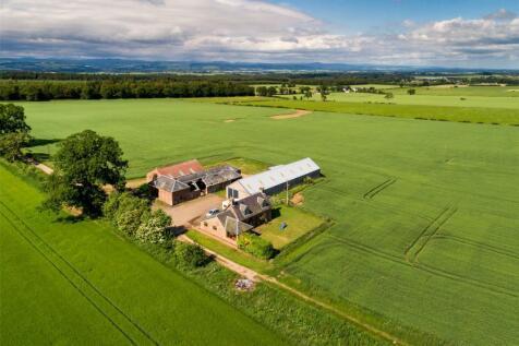 Milestone Farm, Burrelton, Blairgowrie, Perthshire, PH13. 3 bedroom house