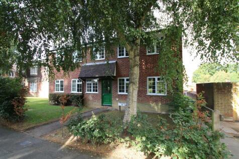 Somergate, Horsham. 1 bedroom flat