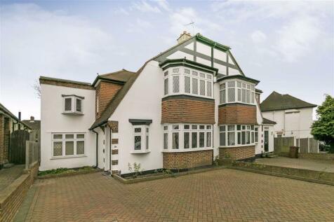 Woodstone Avenue, Stoneleigh, Surrey. 3 bedroom semi-detached house