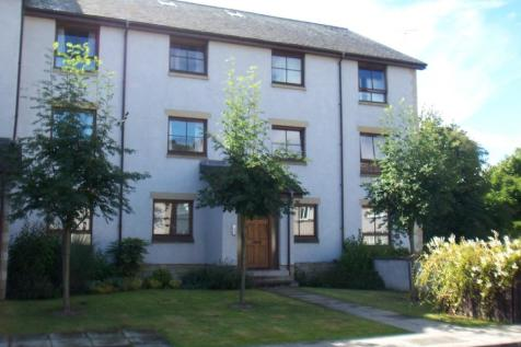 Queens Lane, Bridge of Allan, Stirling, FK9 4NY. 2 bedroom apartment
