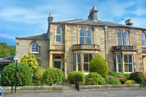 Abercromby Place, Stirling, Stirling, FK8 2QP. 2 bedroom ground floor flat