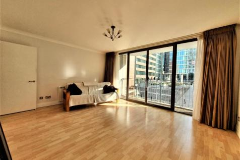 Horizons Tower, Yabsley Street, Canary Wharf E14. 1 bedroom apartment
