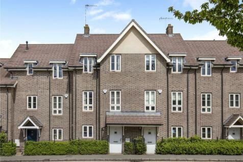 Gossoms End, Berkhamsted, Hertfordshire, HP4. 4 bedroom terraced house