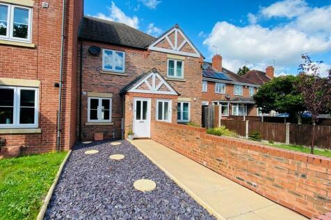 Wolverhampton Road, Kidderminster. 2 bedroom terraced house
