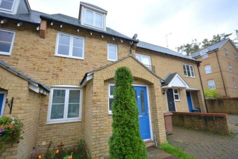 Underwood Rise, Tunbridge Wells. 3 bedroom semi-detached house