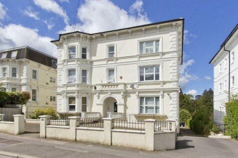 Upper Grosvenor Road, Tunbridge Wells. 2 bedroom property