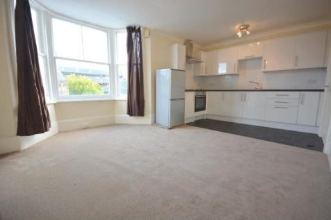 Monson Colonnade, Tunbridge Wells. 1 bedroom flat