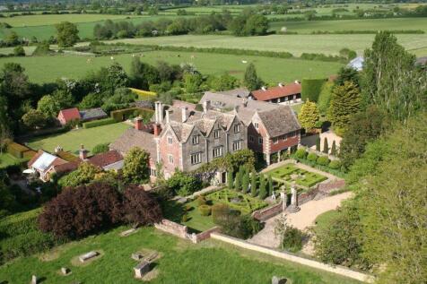 Church Street, Steeple Ashton, Trowbridge, Wiltshire, BA14. 6 bedroom detached house for sale