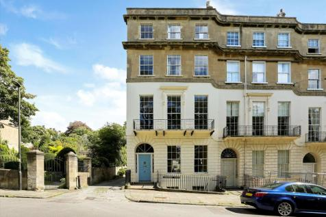 Cavendish Place, Bath, Somerset, BA1. 5 bedroom town house