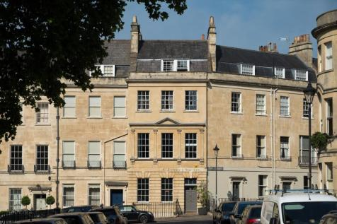 St. James's Square, Bath, Somerset, BA1. 5 bedroom town house