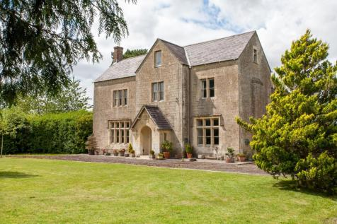 Egford, Frome, Somerset, BA11. 8 bedroom farm house