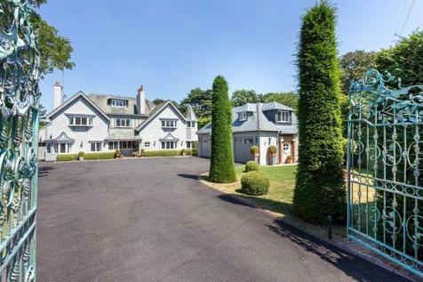 Sandy Lane Road, Charlton Kings, Cheltenham, Gloucestershire, GL53. 8 bedroom detached house
