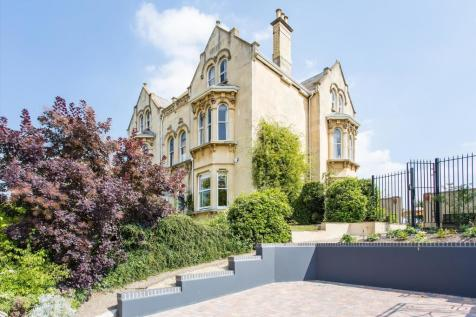 Christchurch Road, Cheltenham, Gloucestershire, GL50. 7 bedroom semi-detached house for sale