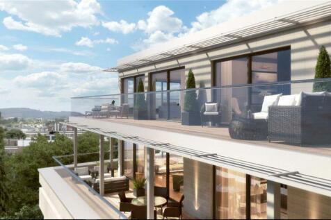 Montpellier House, Montpellier Drive, Cheltenham, Gloucestershire, GL50. 3 bedroom flat for sale