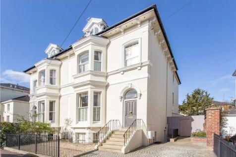 Montpellier Grove, Cheltenham, Gloucestershire, GL50. 5 bedroom semi-detached house