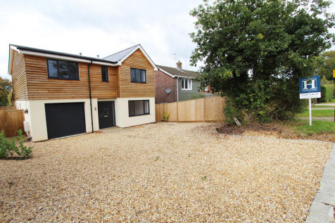 Upper Crabbick Lane, Denmead. 4 bedroom detached house for sale