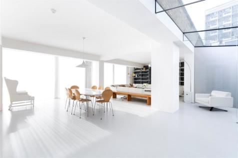 Notting Hill Gate, Notting Hill, W11. 4 bedroom apartment for sale