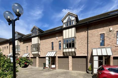 The Mews, Newcastle Upon Tyne. 3 bedroom town house
