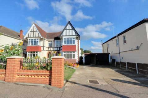 Southbourne Grove, Westcliff On Sea. 5 bedroom semi-detached house for sale