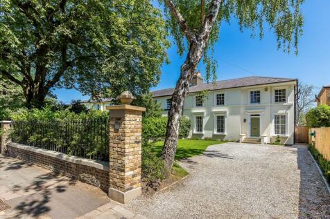 Trafalgar Road, Twickenham, Richmond, TW2.. 4 bedroom semi-detached house