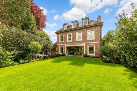 Roedean Crescent, London, SW15. 5 bedroom detached house for sale