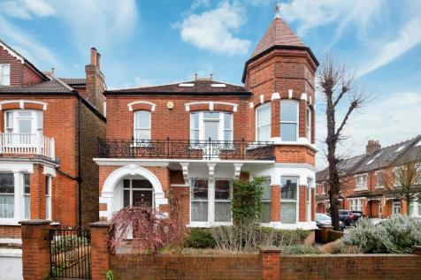 Priory Road, Richmond, TW9. 5 bedroom detached house for sale