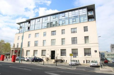 Notte Street, Plymouth. 2 bedroom apartment