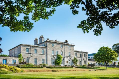 Fullerton, Admiralty House, Plymouth. 3 bedroom apartment