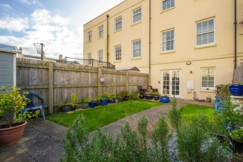 Falcon Road, Mount Wise. 4 bedroom terraced house