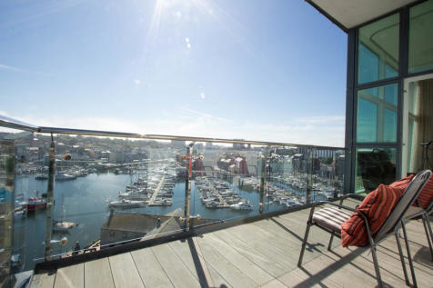 Apartment 57, East Quay House. 2 bedroom penthouse
