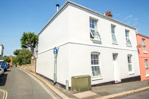 Admiralty Street, Stonehouse, Plymouth. 4 bedroom end of terrace house