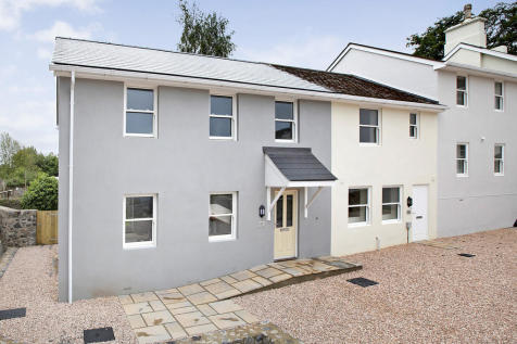 Park View, Forde Park, Newton Abbot. 3 bedroom mews house