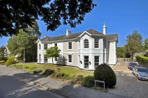 Elm House, Park View, Forde Park, Newton Abbot. 3 bedroom end of terrace house