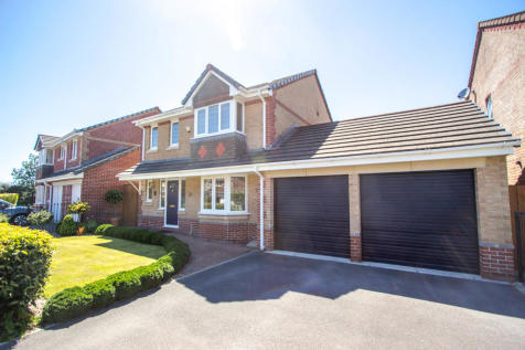 Cameron Way, Crownhill, Plymouth. 4 bedroom detached house