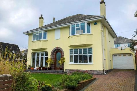 The Grove, Stoke , Plymouth. 3 bedroom detached house