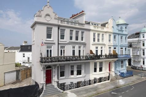 Grand Parade, Plymouth. 5 bedroom terraced house