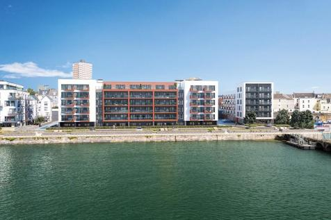 Quadrant Wharf, Aqua House, Millbay, Plymouth. 2 bedroom apartment