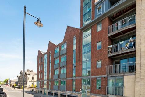 Cornish Sq, 81 Green Lane, Sheffield. 2 bedroom flat for sale